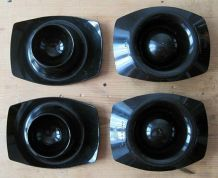 4 coquetiers emboîtables vintage en plastique noir