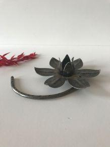 Bougeoir vintage en métal forme fleur
