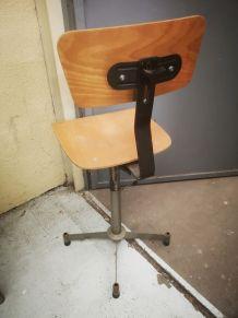Chaise d'atelier