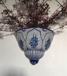 Paire de vases muraux bohème blanc et bleu
