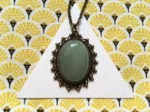 Long Collier pierre fine Aventurine, cabochon vintage