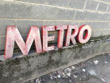 Anciennes lettres métallique METRO 1960