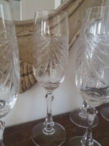 Lot de 8 flûtes à champagne en cristal