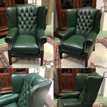 Fauteuil Chesterfield en cuir vert des années 70