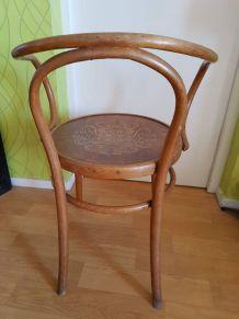 fauteuil 209 Fischel en bois courbé