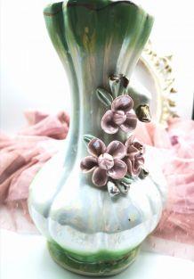 Vase en céramique cygne