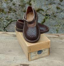 chaussures bébé cuir marron année 50