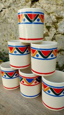 lot 6 mugs Mobil en céramique année 80