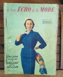 """Lot de 15 revues """"Le petit écho de la mode"""" 1954"""