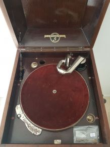 Gramophone ancien + disques
