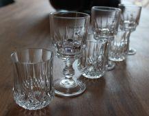 Lot de 6 verres: 3 verres longchamp et de 3 verres à porto