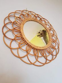 Miroir Soleil Rotin Vintage forme de fleur