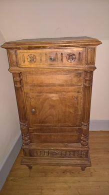 Ancienne table de chevet 1940