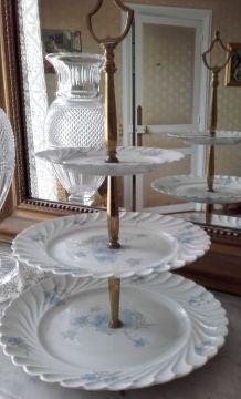 Serviteur à 3 plateaux en porcelaine