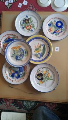 Lot de 7 assiettes de collection