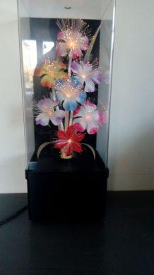 Lampe avec fleurs à fibres optiques à lumières variantes