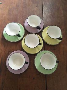 Six tasses à café années 60 estampillées Moulin des loups