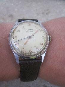 ancienne montre mécanique jumi Genève