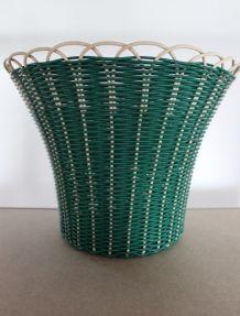 cache-pot années 60 en fil de scoubidou Tressflex Saint Loui