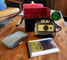 APPAREIL PHOTO VINTAGE POLAROID 320 - 1969
