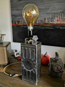 LAMPE BIDON D'HUILE