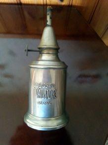 Lampe vintage Valdor en métal 19ème siècle