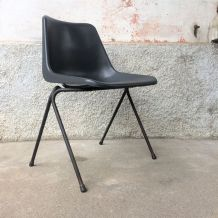 Chaise design Robin Day