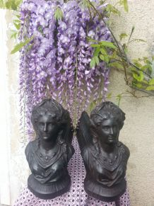 Chenets fonte Marianne au collier
