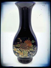 Vase en céramique soliflore