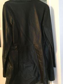 Manteau en cuir neuf