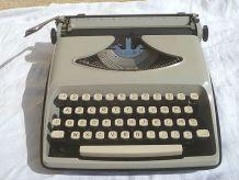 machine a écrire Remington envoy