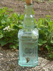 Grande bouteille 2 litres Carrée avec robinet