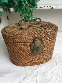 Petite valise tressée années 30