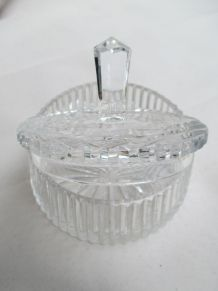 bonbonnière cristal marque TCHÉCOSLOVAQUIE