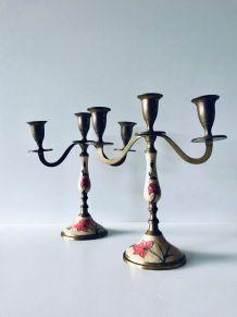 Paire de chandeliers anciens en laiton