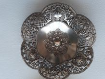 2 coupelles ou vide poches en métal