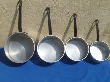 lot de 4 casseroles professionnelles en fonte d'alu