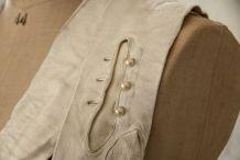 Paire de gants anciens en suède boutons de nacre