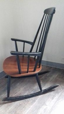 Rocking chair  vintage STOL kamnik yougoslavie.