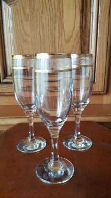 lot 3 flûtes à champagne avec dorure