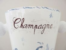Seau champagne en céramique de Moustiers. Signé J-Mathieu