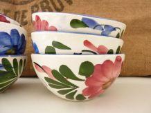 Lot de 6 bols en céramique à motifs floraux bleu et rouge