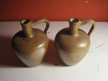 2 Pichets ,cruche broc en gres ancien vitange