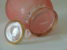 Lot de 2 petites carafes en verre rose granité liseré doré