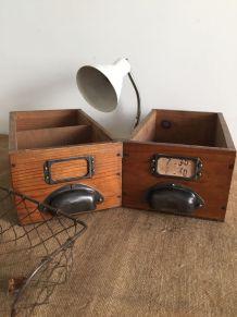 Paire de casiers en bois, tiroirs métier