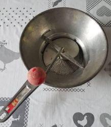 vintage presse (moulin)  légumes / purée