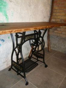 "CONSOLE - TABLE D'APPOINT - "" VICTORIA - TREFLE"
