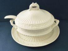 Ancienne soupière et sa louche en céramique céramique italie