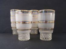 6 verres anciens en verre granité et liseré doré