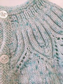 Brassière en laine vintage 1 mois